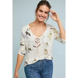 Anthropologie 3/4 Sleeve Floral V-Neck Tee by t.la